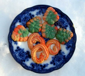 Spritz cookies with a 60's influence, FTW.